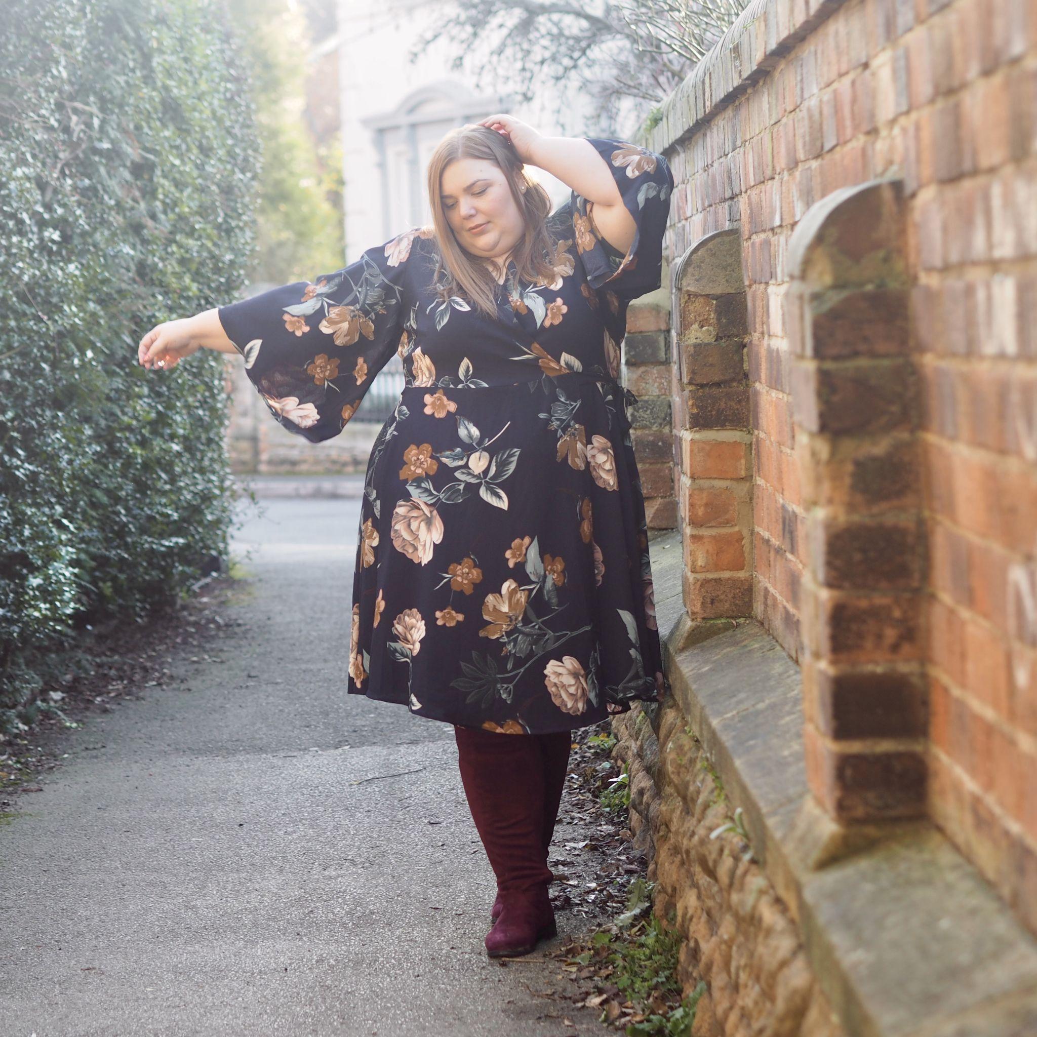plus size blogger - hollie plus