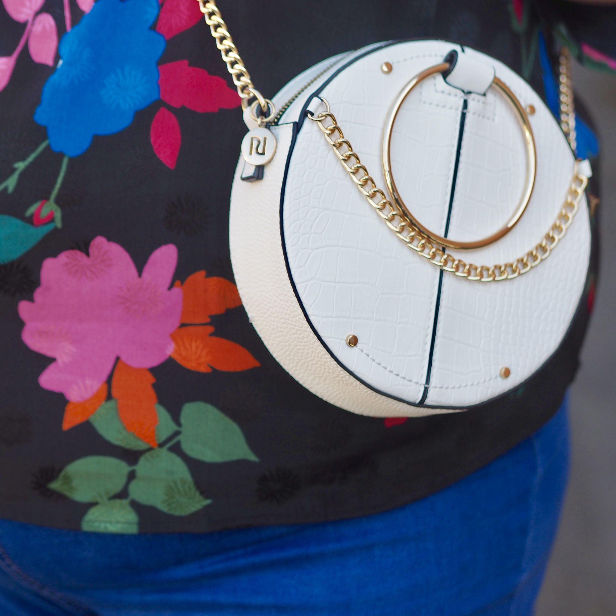 white spring circle bag